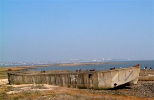 Photo of the barge, thanks to Don Rayner http://www.canveyisland.org/page_id__170.aspx