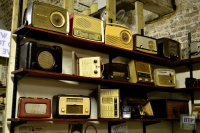Old radios, and lots of em